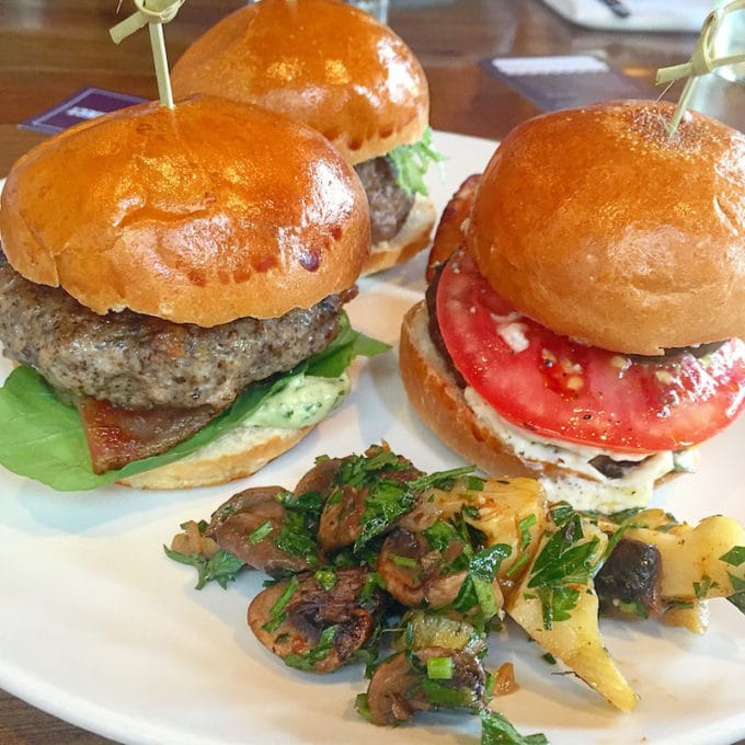 Mushroom Blended Burgers | In our Best Things We Ate series, we roundup the best restaurant meals, blog recipes + at-home cooking adventures of the month. Bon Appetit!