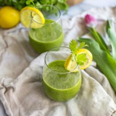 This green detox smoothie is a healthy, vegan smoothie with pineapple, ginger, citrus and cilantro, perfecting for weight loss and cleansing your liver. Plus, it's delicious and so easy to make!