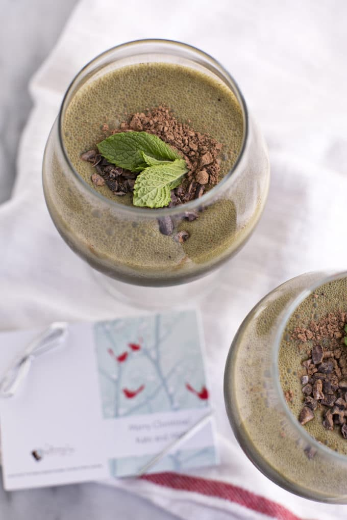 This homemade skinny peppermint mocha green smoothie is a healthy copycat version of the iconic Starbucks drink, made without any of the harmful additives and excess sugar. It's full of classic mint chocolate, creamy coffee flavor, plus tons of vitamins and nutrients to nourish your body through the season.