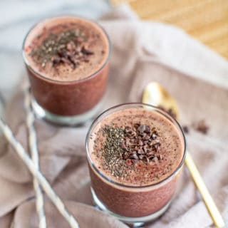 Chocolate Cherry Green Smoothie Recipe