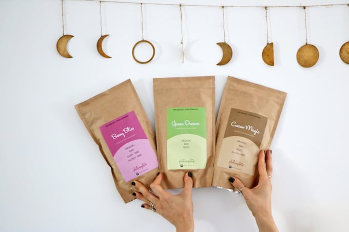 In this inspiring interview, Sophie Jaffe, founder of Philosophie Superfoods, shares her healthy eating tips + favorite natural products, and advice for living your happiest life!