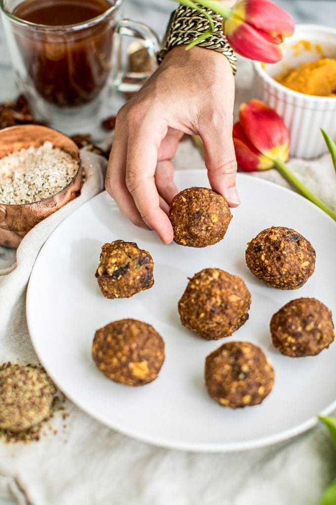 Easy No Bake Energy Balls + Pumpkin Pie Protein Bites: delicious, healthy gluten free snack or breakfast; fiber, plant-based protein; clean eating recipe; for kids; pumpkin, dates, oats, flax seed, pecans; almond butter; maple syrup; healthy treats; refined sugar-free; vegan