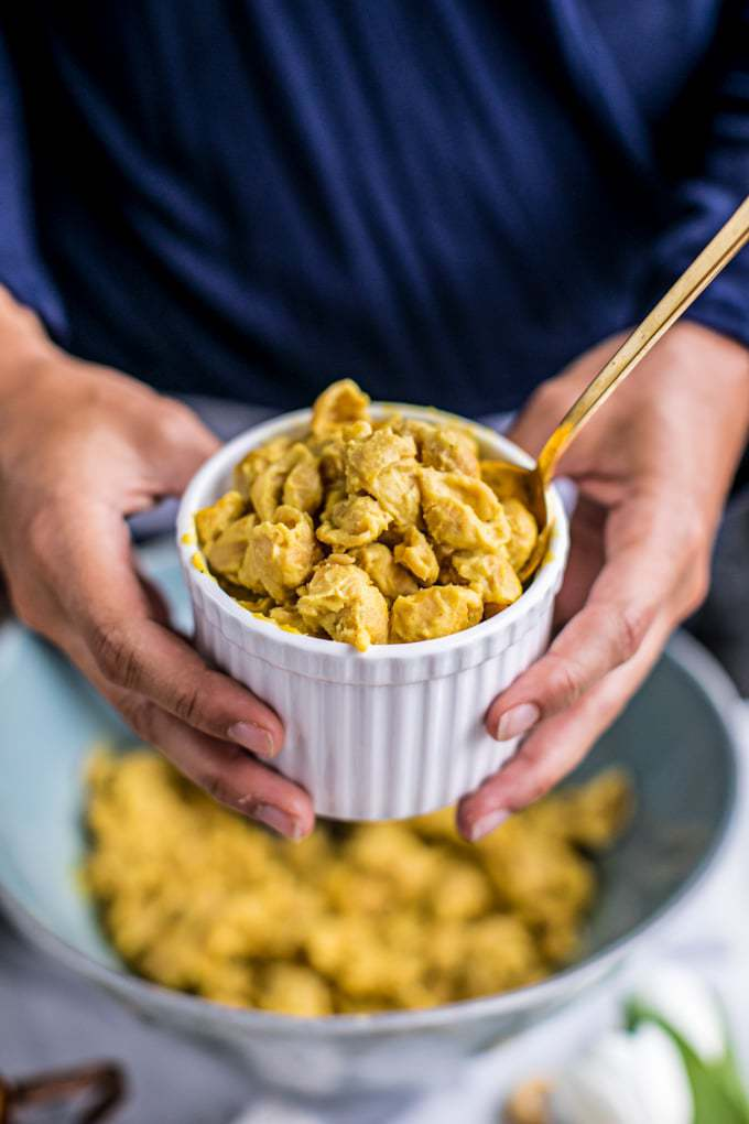 vegan mac and cheese squash nutritional yeast