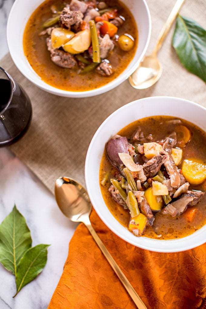 Calling all quick + easy dinner lovers! This Keto Beef Stew is made in the Instant Pot (or slow cooker if you don't have one), meaning it comes together in under 40 minutes and you'll only have to clean one dish. High in protein, Vitamin K, B6, B12 and Zinc, it's a nutritional powerhouse that's so delicious, nobody will ever guess it's healthy, too!