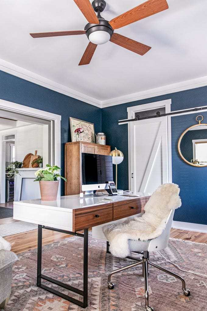 A beautiful, modern home office with farmhouse accents.